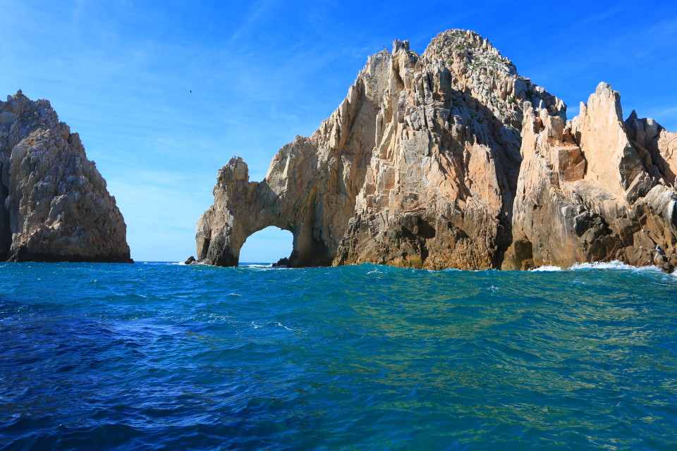 The famous arch of Cabo San Lucas.