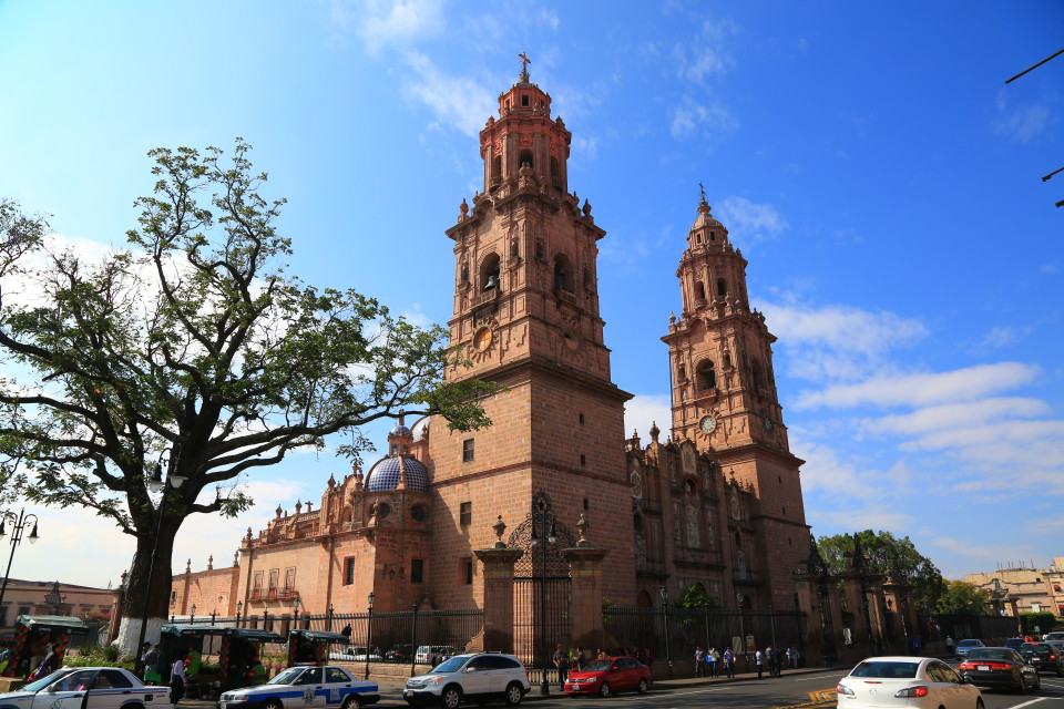 This cathedral is the largest in Mexico.