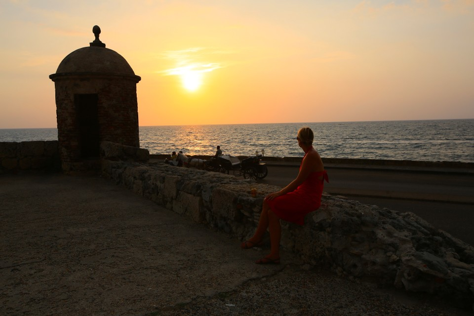 Me sitting on the wall that I saw for the first time in elementary school in Romancing the Stone.
