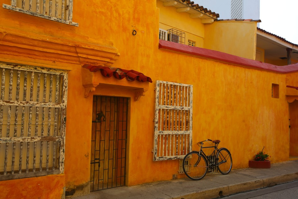 Nicole asked me to take this photo one day while we were exploring, I love the colors of it. Thanks Nicole!