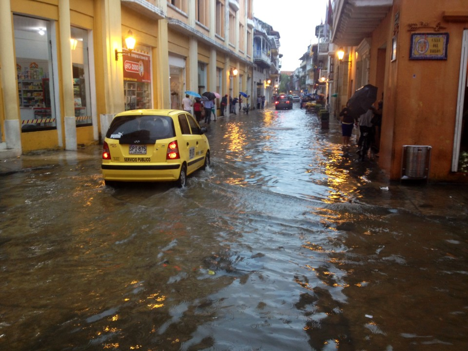Within one hour there was water up to my knees in the streets. And two hours later, it was all gone. That was the only rain we had during our two week stay. Crazy!