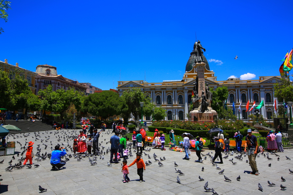 This square was filled with pigeons and surrounded by beautiful buildings.