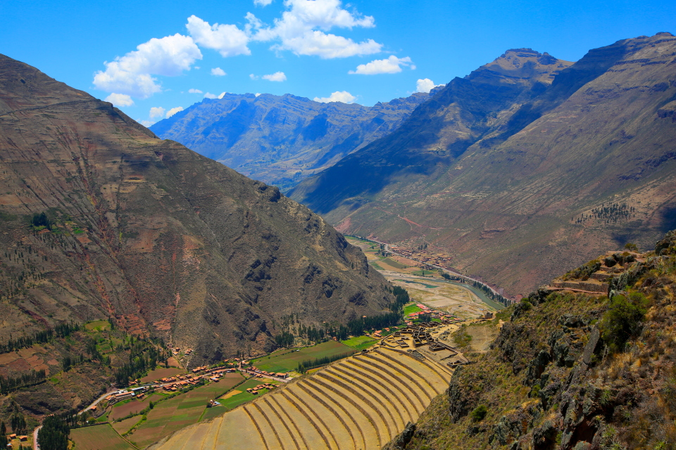 The view down onto the ruins of Pisac. Hard place to get pictures of, but worth a visit.