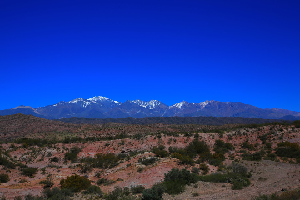 And then suddenly we started to see snowy peaks combined with the red rock landscape.