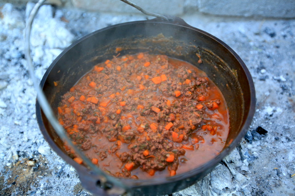 Simone and I made pasta sauces in our dutch oven. This is a bolognese that we cooked for hours. Perfect pairing with some reserve Malbecs. =)