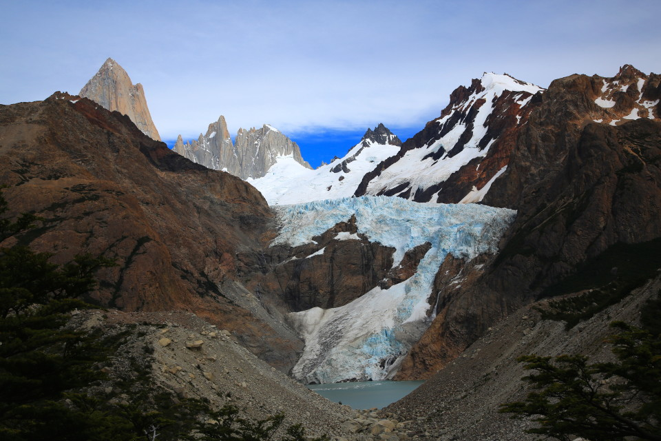 On this trail there are a few great miradors for the Piedras Blancas glacier.