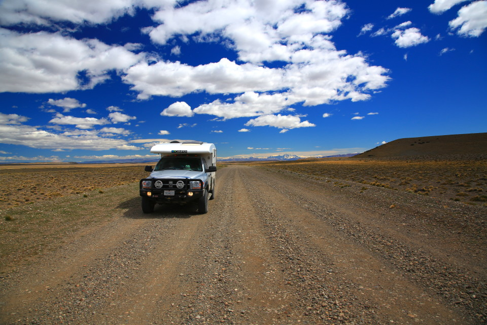 The endless roads of Argentina. And believe me when they are gravel they feel like they will never end.