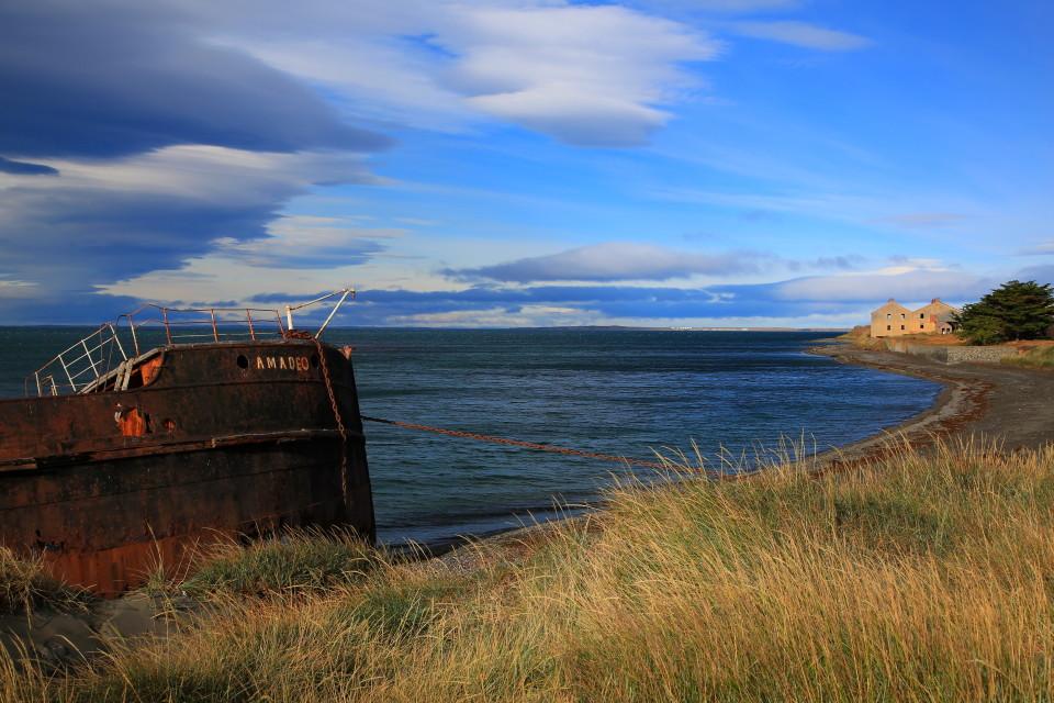 Last shipwreck picture.