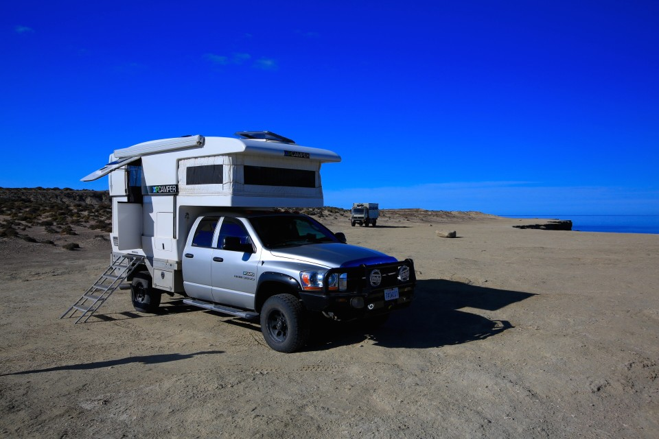 This is Hero and Burt (John and Betti's truck). The first few days we parked far enough to give each other a bit of privacy, but as the wind began to rise, we circled the wagons.